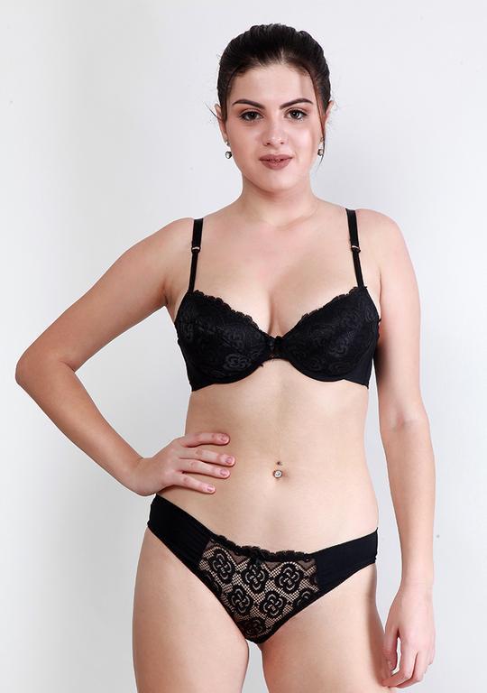 Makclan Tempting Plunge Lace Licorice Black Lingerie Set