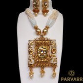 Parvarr Kundan Pearl Gold  Jewellery Set for Women